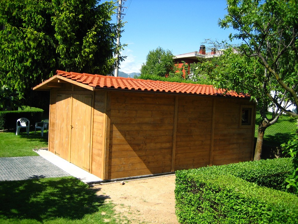 Box e tettoie in legno per auto - Tettoie in legno per esterno ...