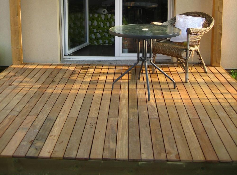 Pavimentazioni in legno per esterni | ArteCasaService.it - Artigiani ...