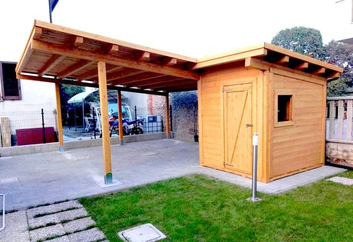 Box e tettoie in legno per auto for Costo per costruire 3 box auto indipendenti