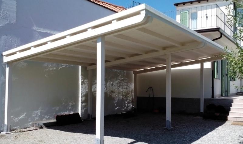 tettoia in legno per auto verniciata bianco velato